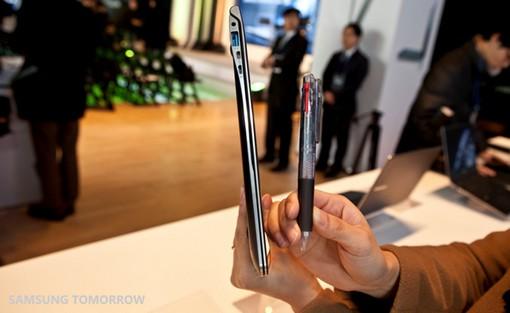 006a4_New-Samsung-Notebook-Series-9_3.jpg