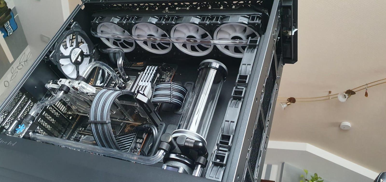 10 PC.jpg