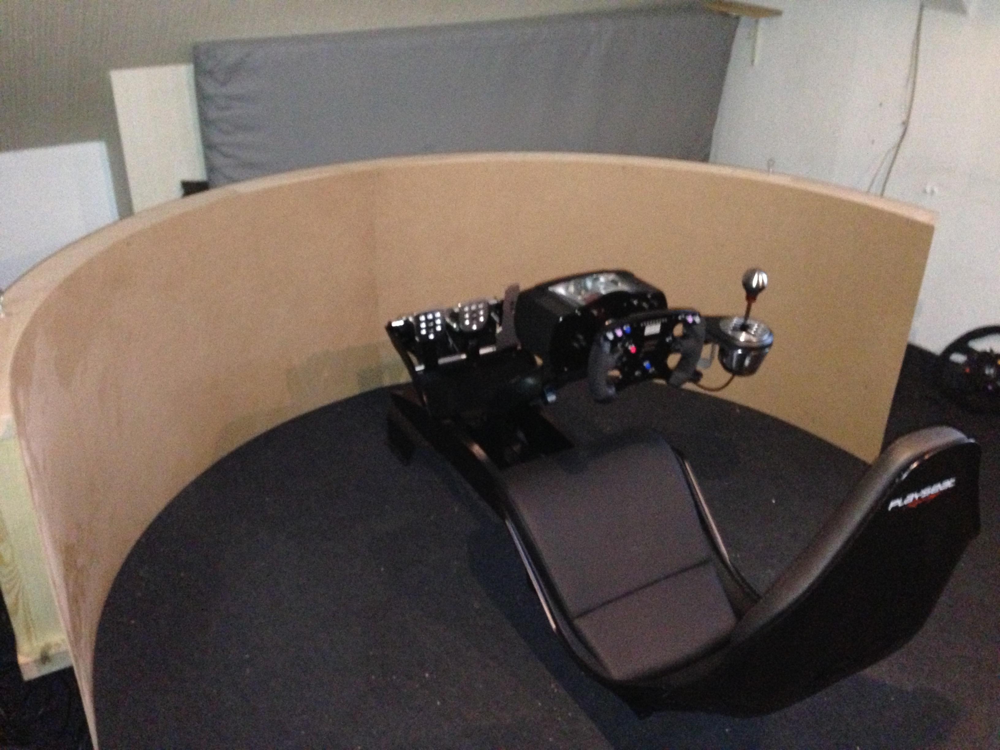 3 achsen rennsimulator mit 180 grad rahmenloser leinwand. Black Bedroom Furniture Sets. Home Design Ideas