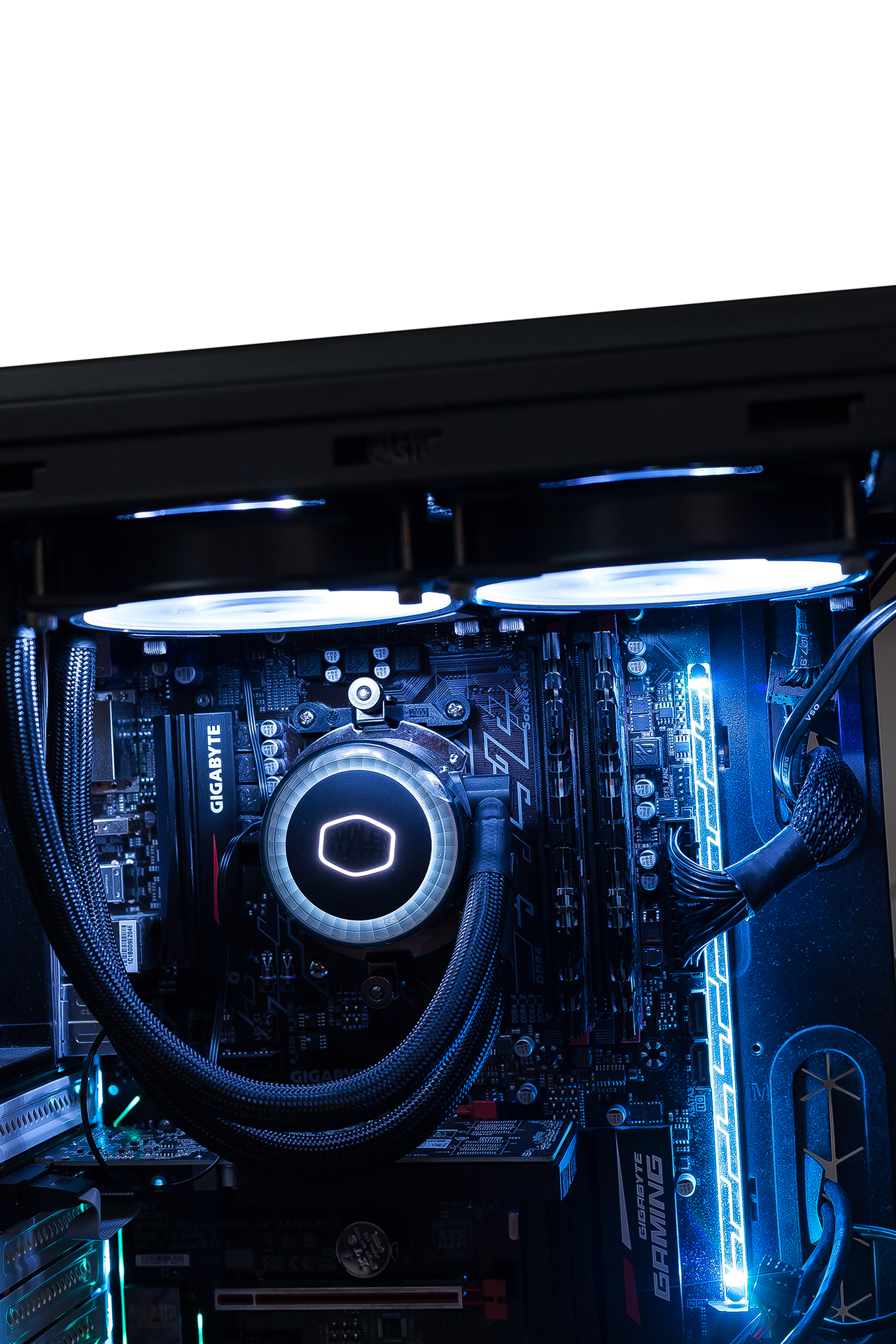 25 Cooler Master MasterLiquid ML240R ARGB
