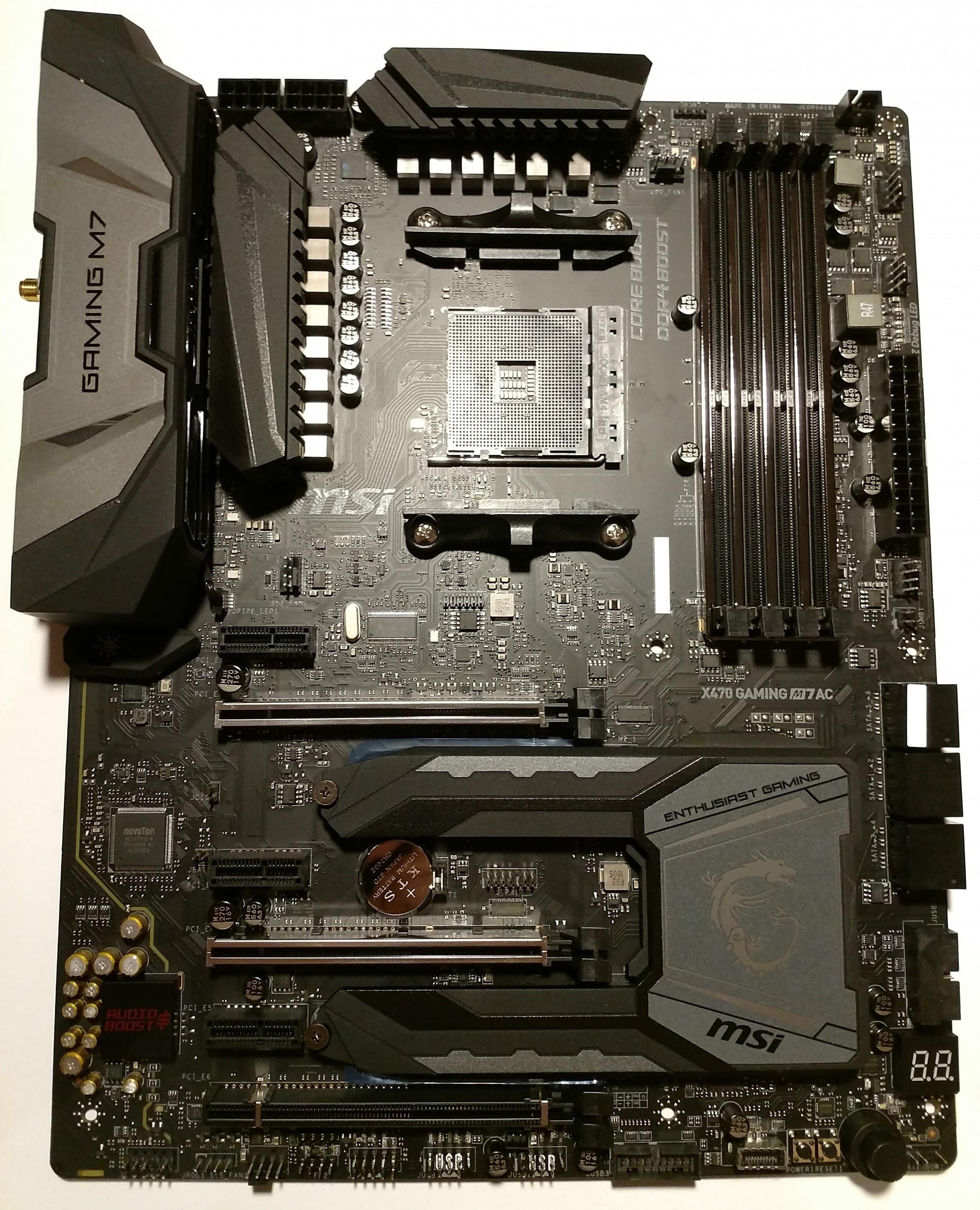Klicken Sie auf die Grafik für eine größere Ansicht  Name:34. MSI X470 Gaming M7 AC Mainboard.jpg Hits:43 Größe:2,24 MB ID:1000579