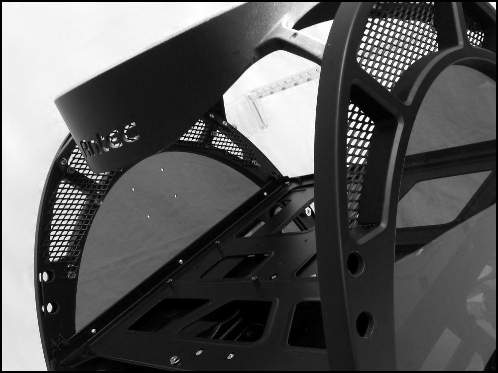 antec-skeleton-black-edition-4-jpg.614809