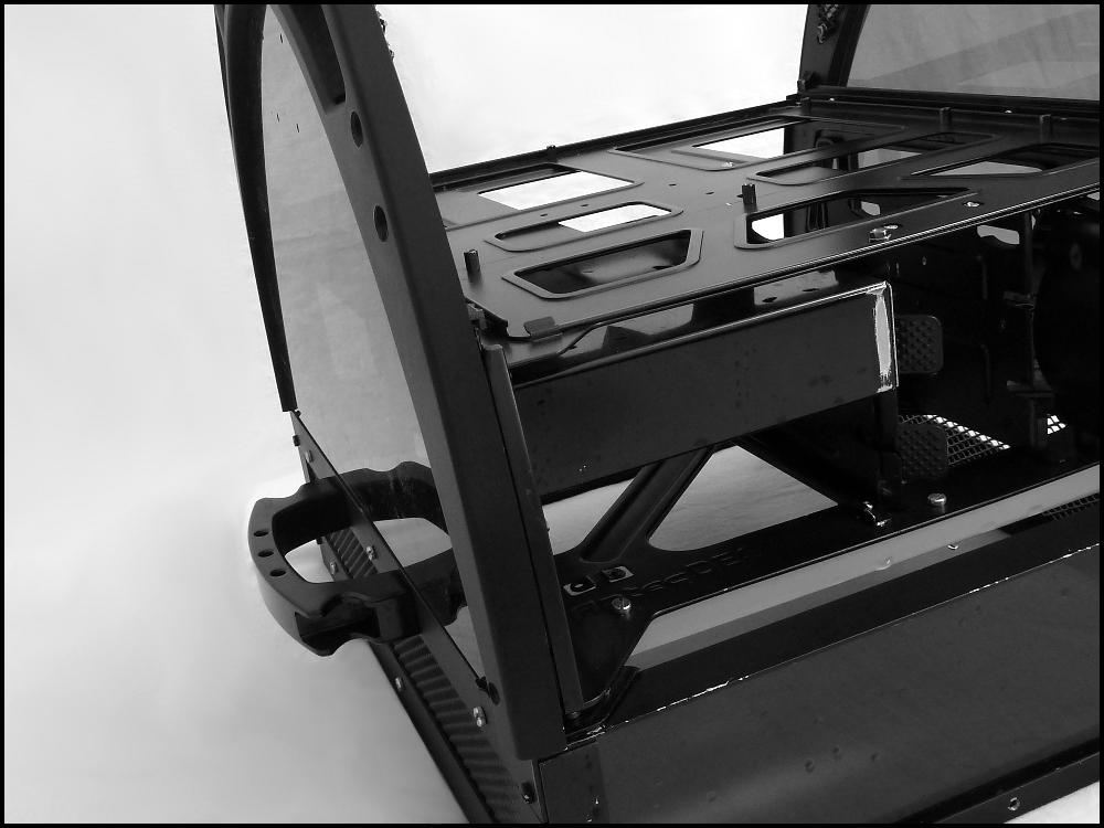antec-skeleton-black-edition-5-jpg.614810