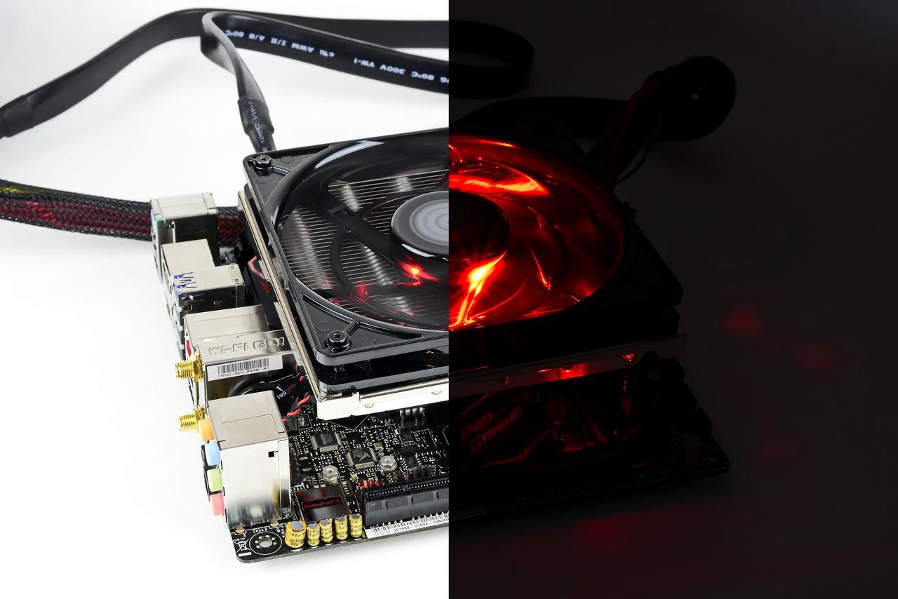 Klicken Sie auf die Grafik für eine größere Ansicht  Name:Cooler Master GeminII M5 LED l-d.jpg Hits:524 Größe:271,6 KB ID:997934