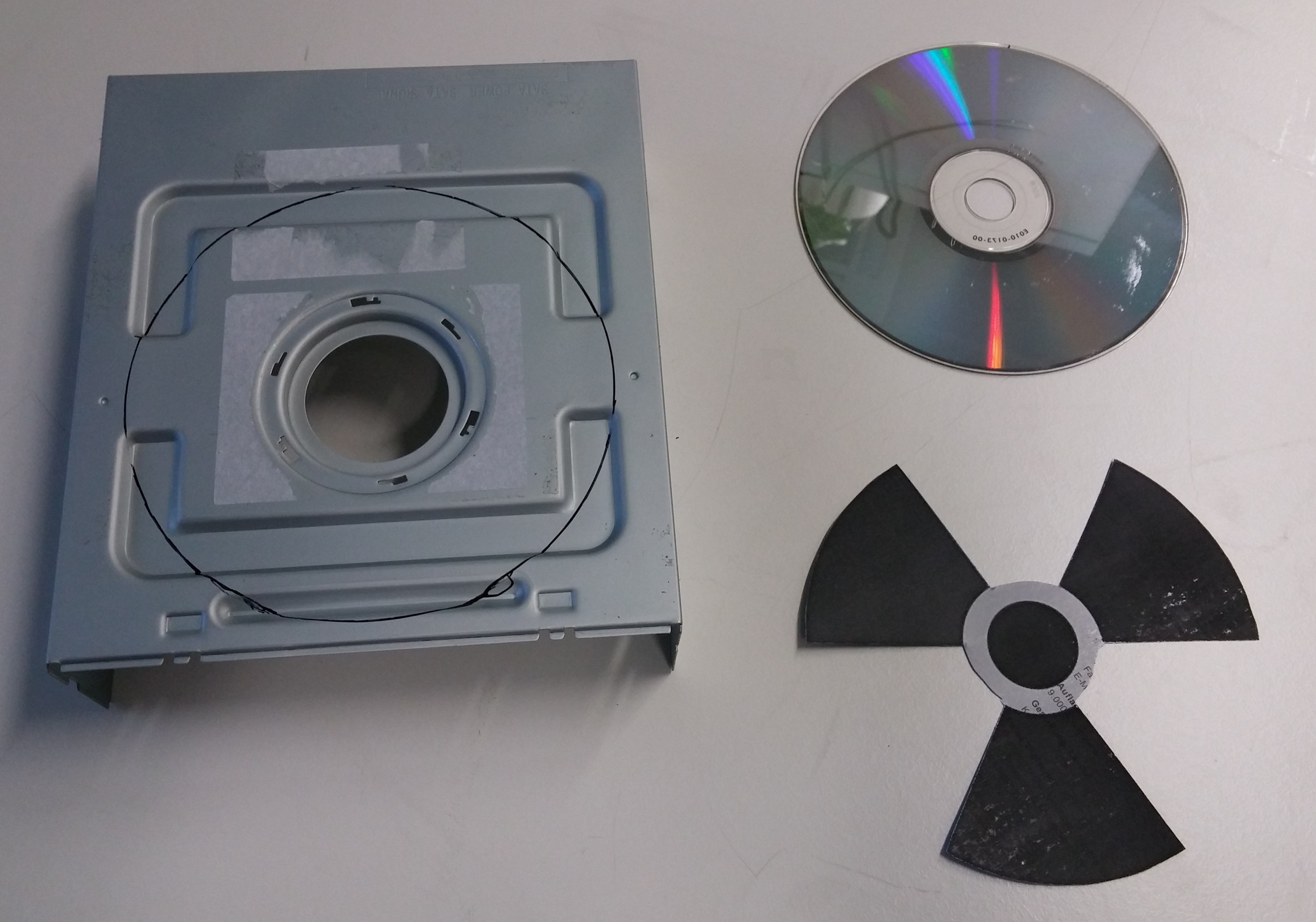 Klicken Sie auf die Grafik für eine größere Ansicht  Name:DVD3.jpg Hits:1412 Größe:1,51 MB ID:926136