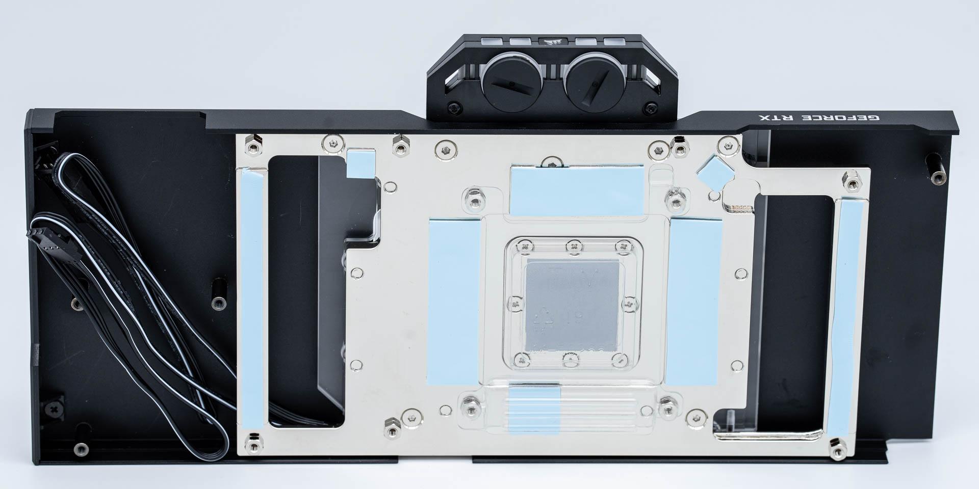 HandsOn-CorsairHydroX-RTX3090-4.jpg