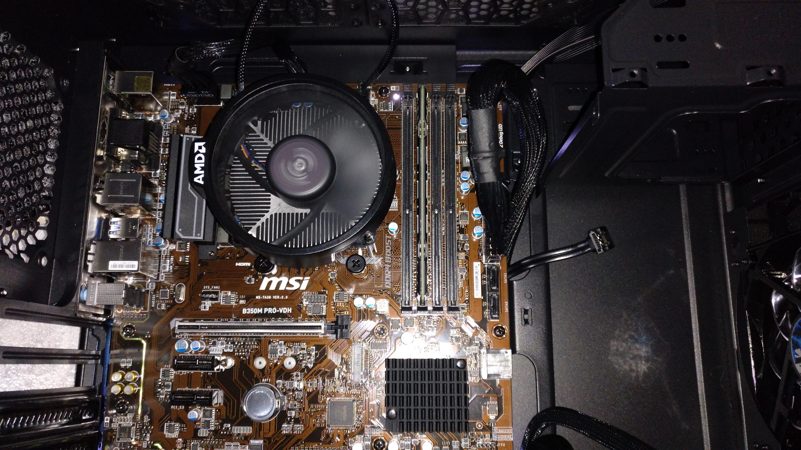 PC zusammengebaut  Bios bootet nicht  EZ Debug GPU Led leuchtet
