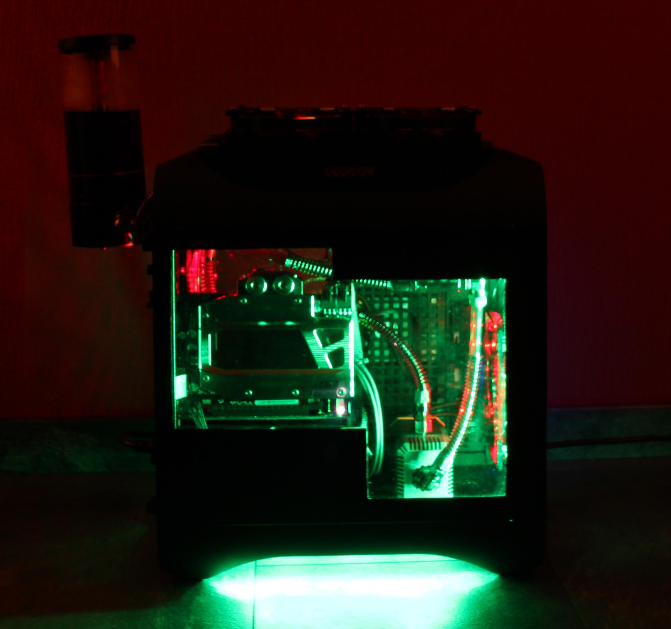 Bitfenix Mini-ITX Wassermod-img_9536.jpg