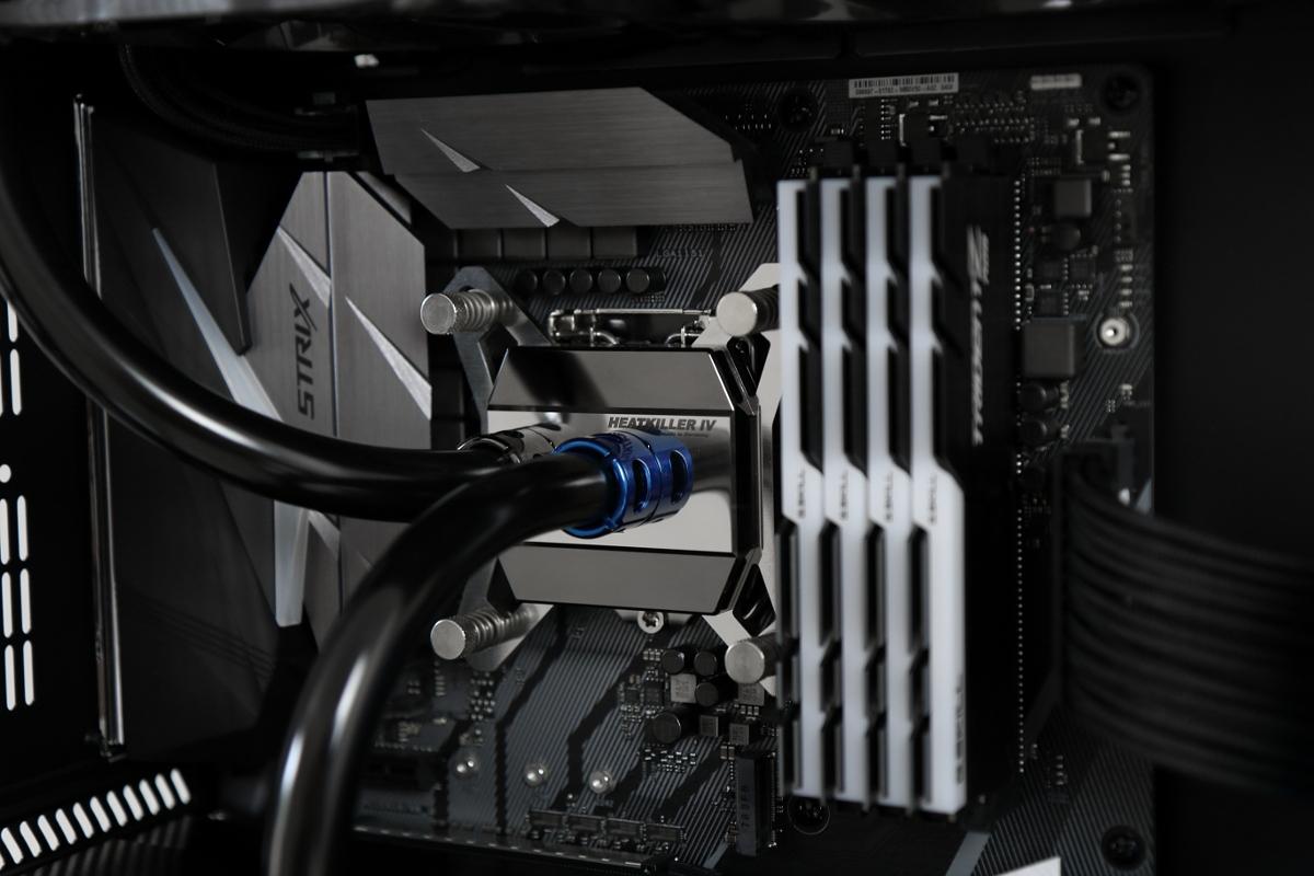 Lian Li PC-O11 - Projekt Saphir-lian_li_pc-o11_done-4-.jpg