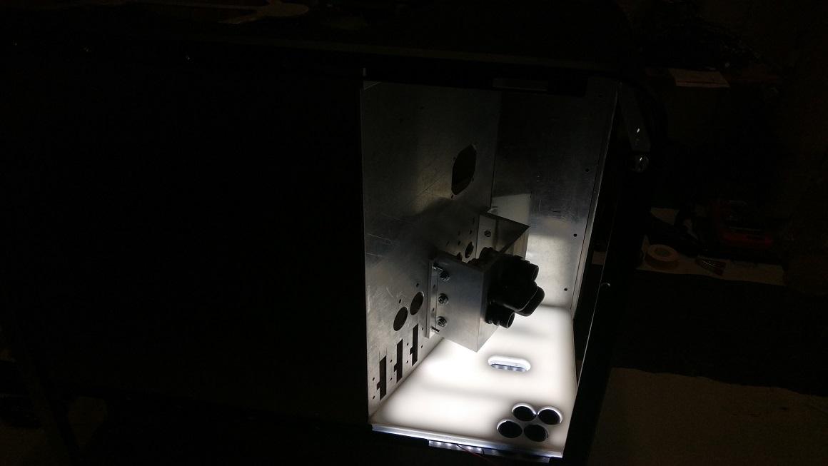 Lightbox Klein 5.jpg