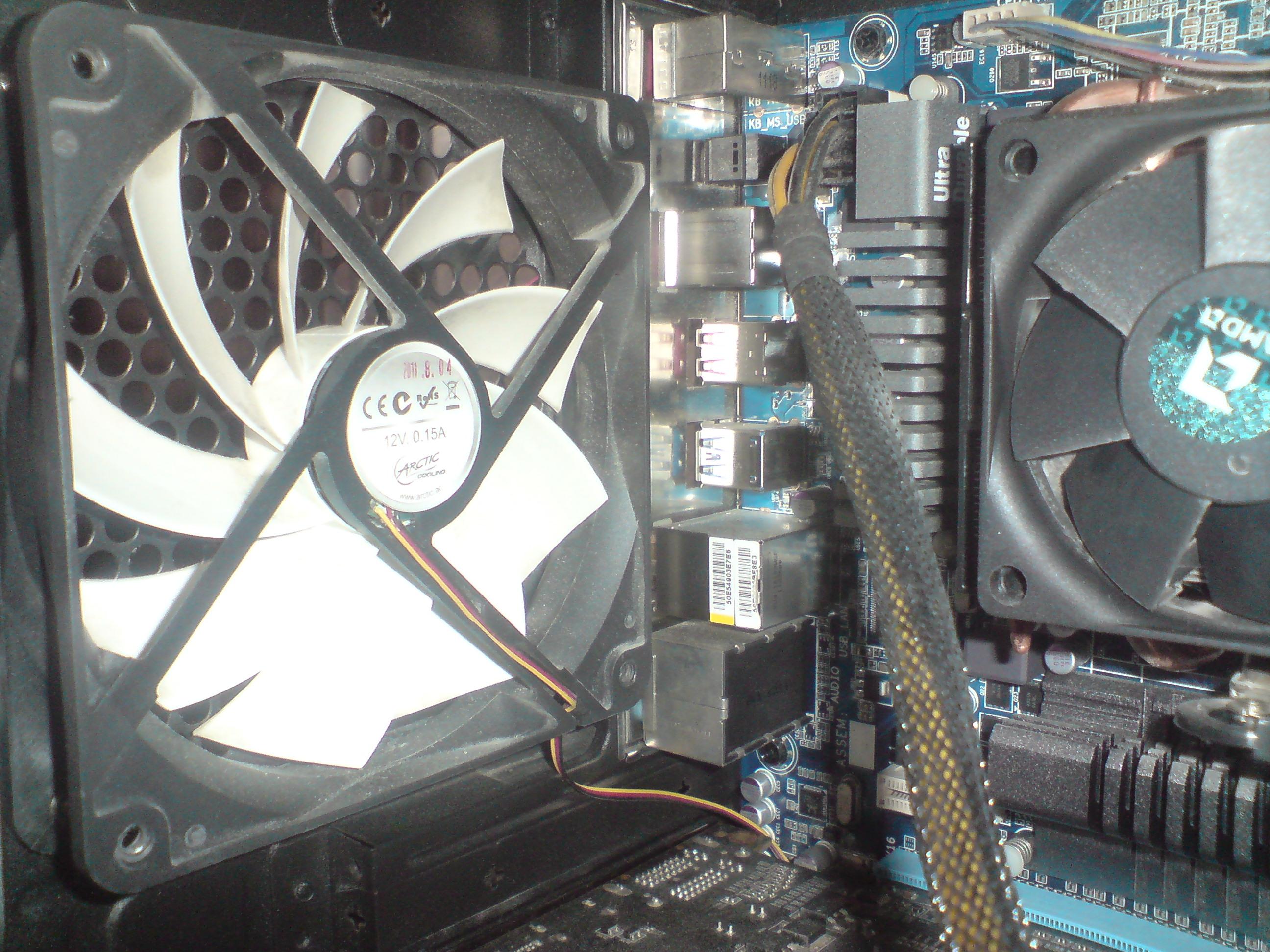 AMD FX 8120 wird zu heiß, hilfe bei Kühlung?