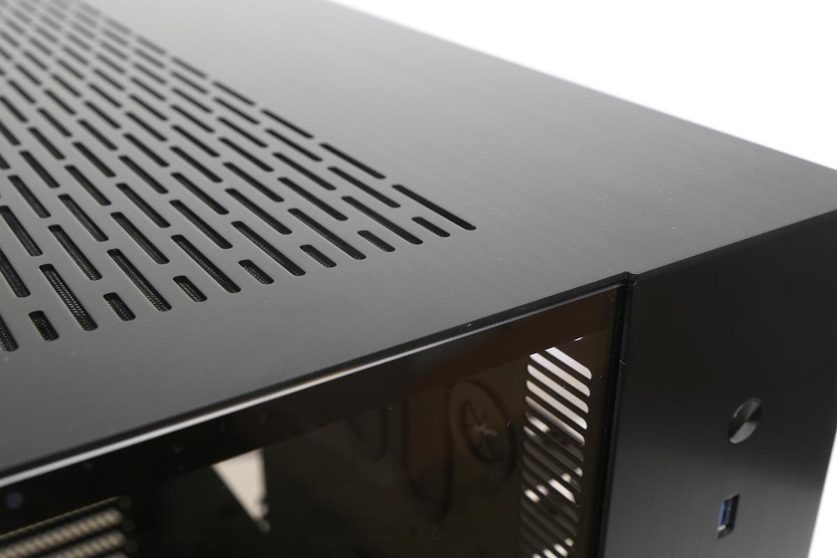Lian Li PC-O11 - Projekt Saphir-pc-o11-6-.jpg