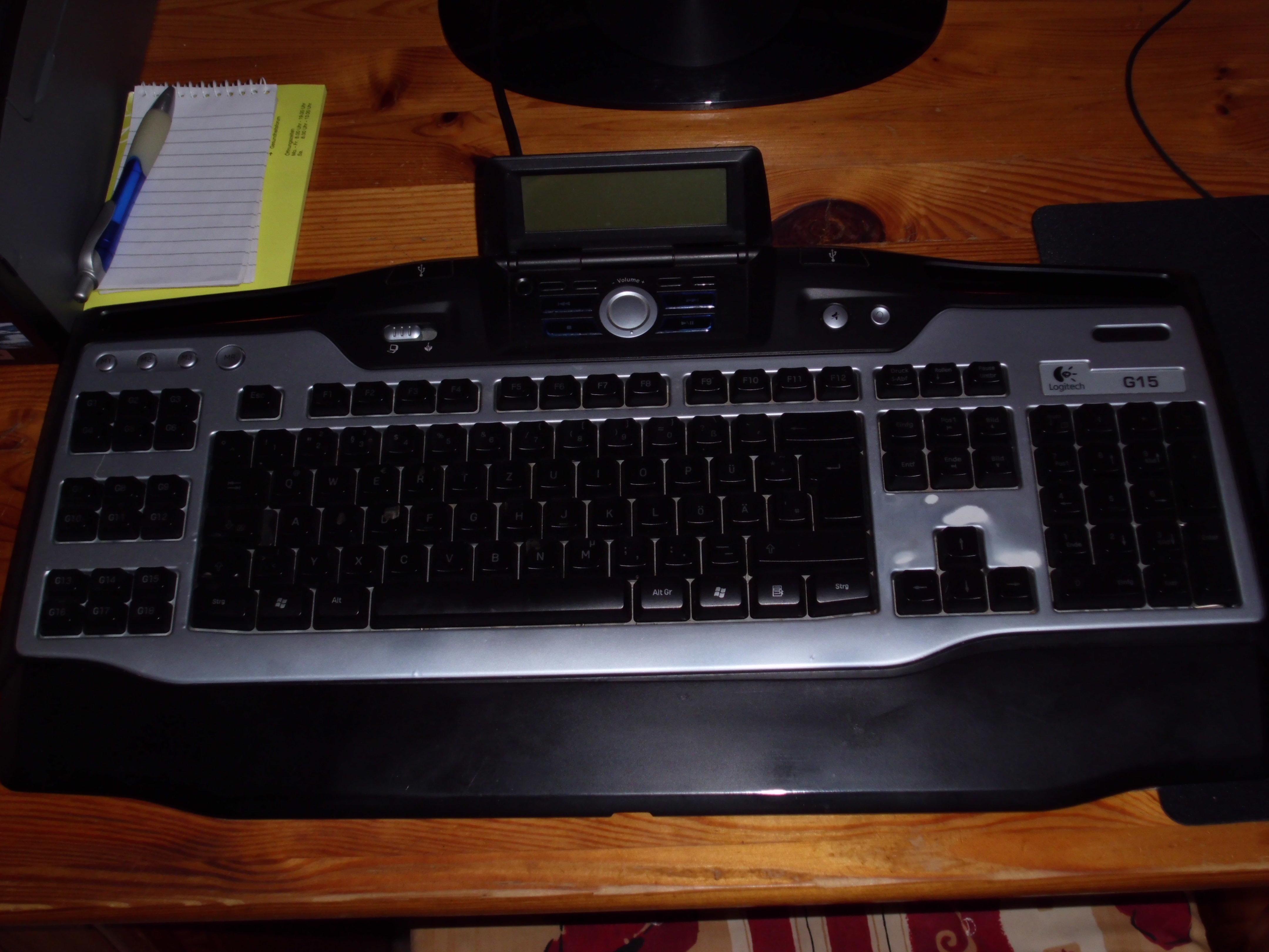 Klicken Sie auf die Grafik für eine größere Ansicht  Name:Tastatur.JPG Hits:246 Größe:1,01 MB ID:771521