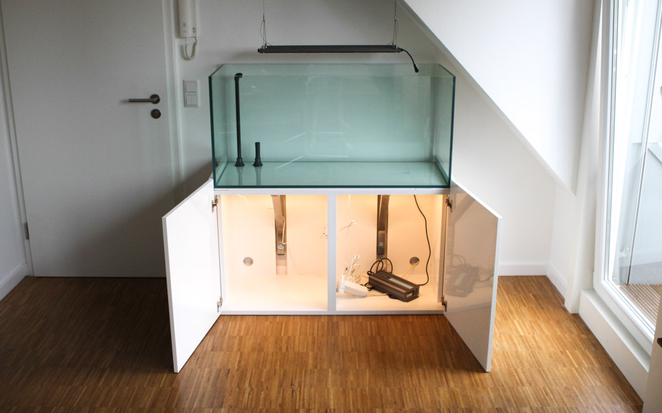 Statiker bzw holzbauer anwesend unterschrank f r for Aquarium unterschrank bauen
