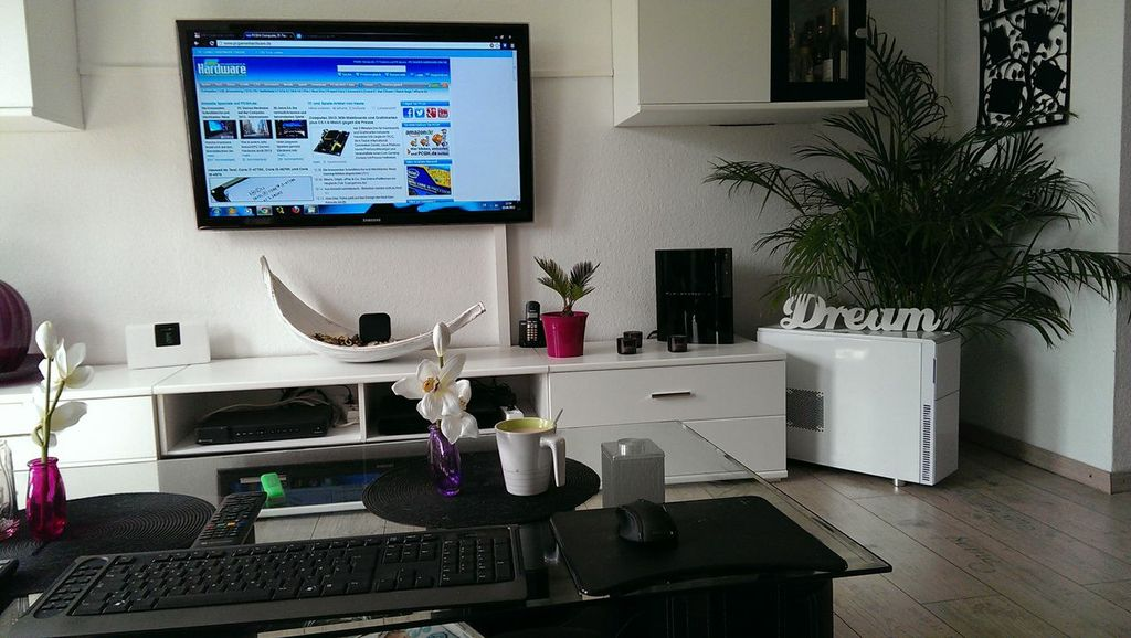 pcgh extreme bilderthread der schreibtisch thread. Black Bedroom Furniture Sets. Home Design Ideas