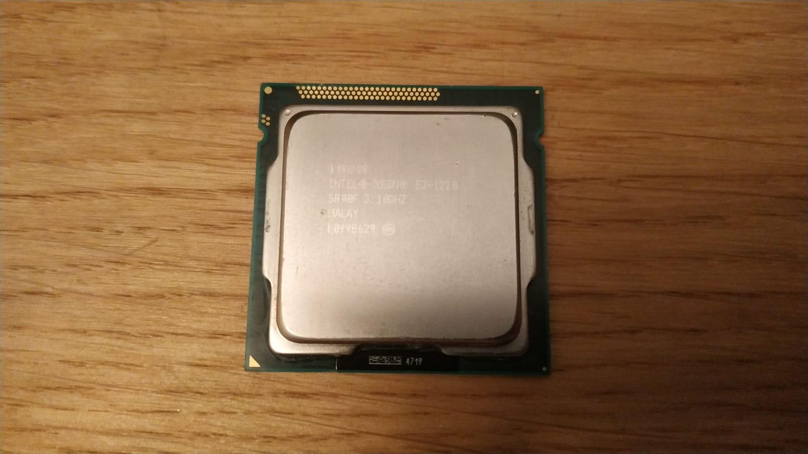Intel Xeon E3 1220