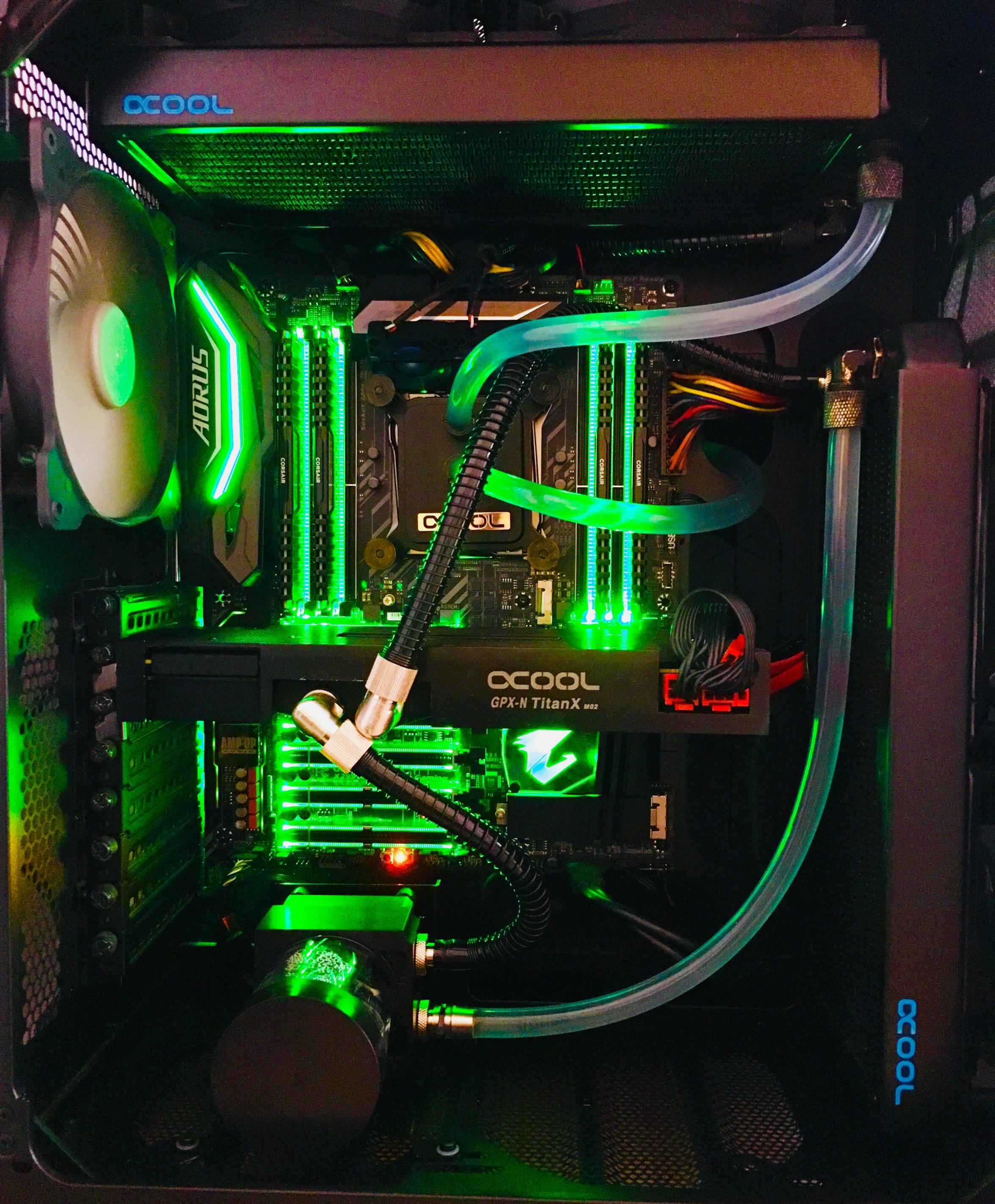 PC Umbau auf Wasserkühlung     Schlauch 8mm Innendruchmesser      2x EK Pumpe 450 L / H     2 Kreisläufe     Eine für CPU und GPU.