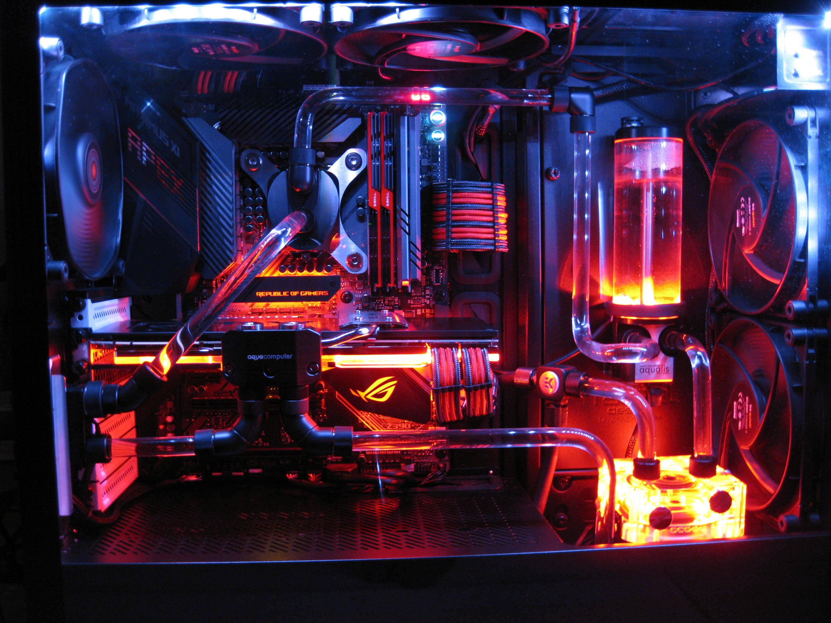 Neuer Rechner mit Hardtube Custom WaKü... ist ab jetzt im Einsatz.